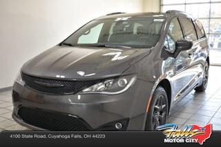New 2019 Chrysler Pacifica TOURING L Passenger Van 2C4RC1BG3KR574907 for Sale in Cuyahoga Falls, OH