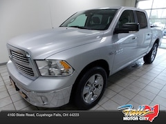 Certified Pre-Owned 2016 Ram 1500 SLT Truck Crew Cab for sale in Cuyahoga Falls, OH