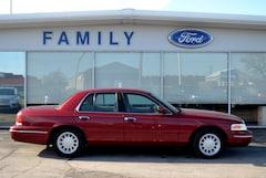 2002 Ford Crown Victoria LX Car