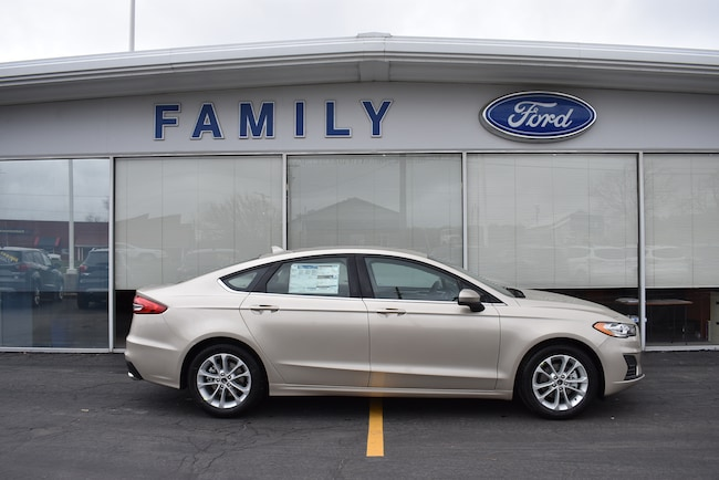 2019 Ford Fusion SE Car