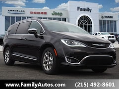 New 2019 Chrysler Pacifica LIMITED Passenger Van for sale in Philadelphia, PA