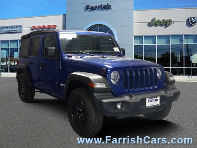 New 2018 Jeep Wrangler UNLIMITED SPORT 4X4 ocean blue metallic exterior black
