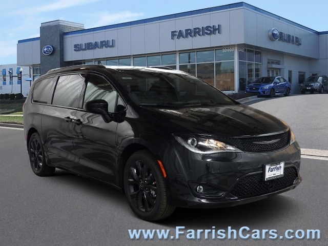 New 2019 Chrysler Pacifica TOURING L brilliant black crystal pearlcoat exterior blackblackblack