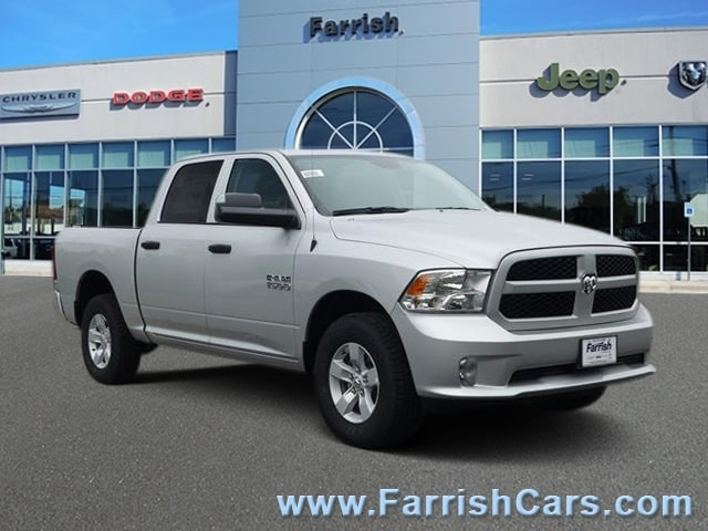 New 2018 Ram 1500 EXPRESS CREW CAB 4X4 57 BOX bright silver exterior diesel grayblack interior