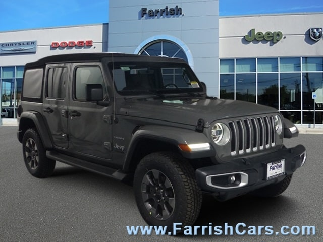 New 2018 Jeep Wrangler UNLIMITED SAHARA 4X4 gray clearcoat exterior black interior Stock 33069