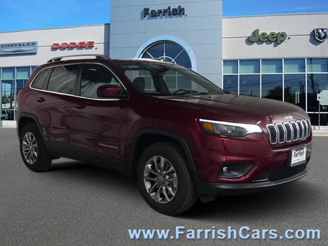 New 2019 Jeep Cherokee LATITUDE PLUS 4X4 velvet exterior black interior 0 miles Stock 33151 VI