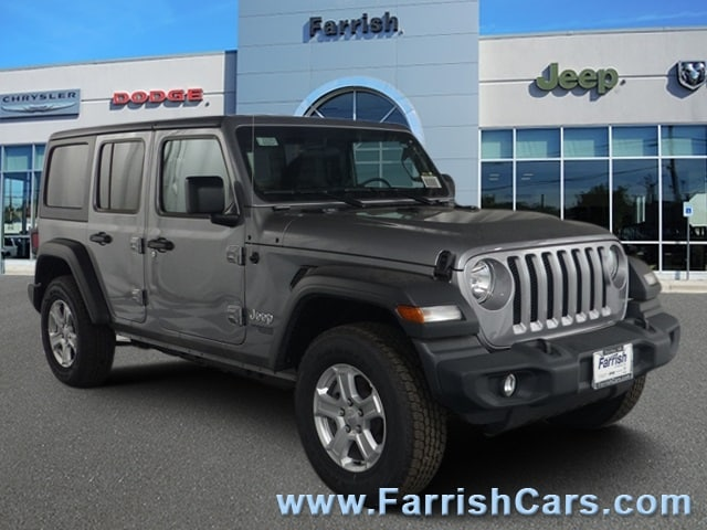 New 2018 Jeep Wrangler UNLIMITED SPORT S 4X4 billet silver metallic exterior black interior Stock