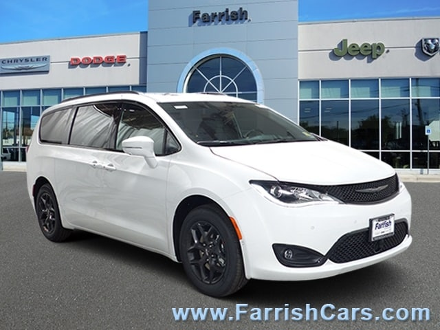 New 2019 Chrysler Pacifica LIMITED bright white clearcoat exterior blackblackblack interior 0 m