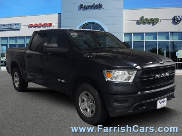 New 2019 Ram 1500 TRADESMAN CREW CAB 4X4 57 BOX steel metallic exterior black interior 0 miles