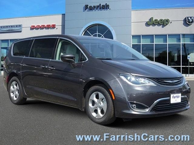 New 2018 Chrysler Pacifica Hybrid TOURING PLUS crystal metallic exterior black interior Stock C1