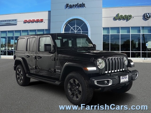 New 2018 Jeep Wrangler UNLIMITED SAHARA 4X4 black clearcoat exterior black int