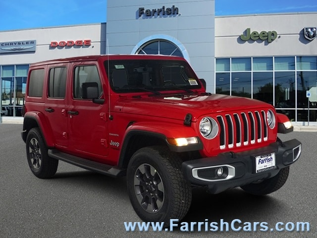New 2018 Jeep Wrangler UNLIMITED SAHARA 4X4 firecracker red exterior black interior Stock 33036