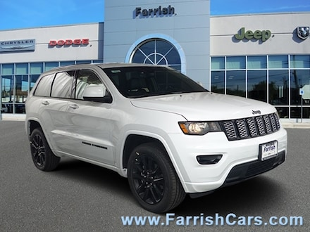 New 2019 Jeep Grand Cherokee OVERLAND 4X4 bright white exterior black interior VIN 1C4RJFCGXKC58