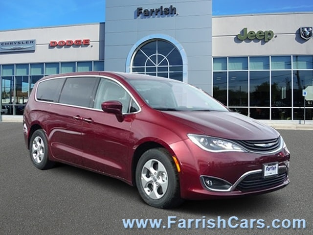 New 2018 Chrysler Pacifica Hybrid TOURING PLUS velvet exterior black interior 0 miles Stock C10