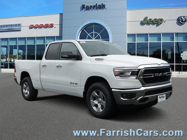 New 2019 Ram 1500 BIG HORN  LONE STAR QUAD CAB 4X4 64 BOX bright white clearcoat exterior light
