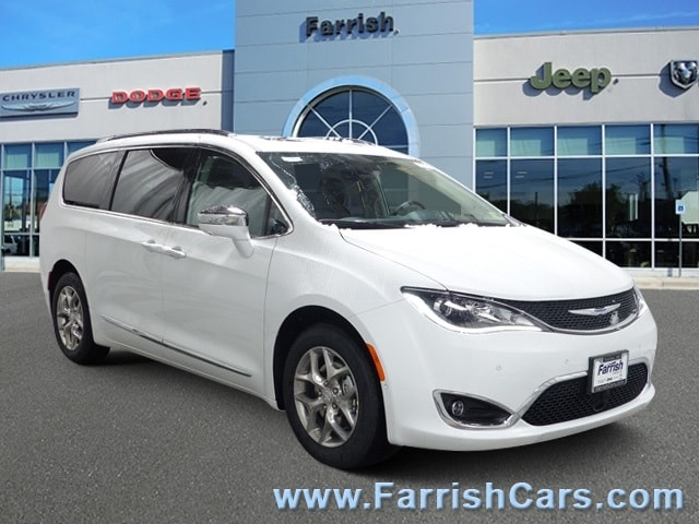New 2019 Chrysler Pacifica LIMITED bright white clearcoat exterior black interior 0 miles Stock