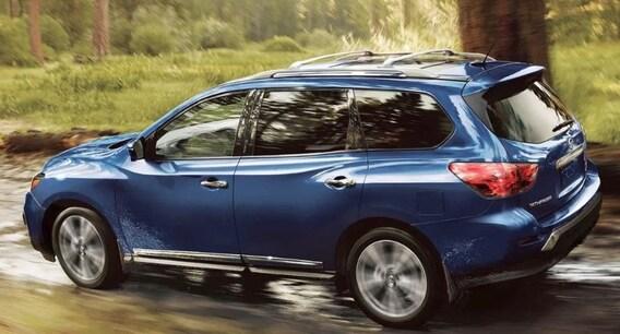 Nissan Pathfinder vs Toyota Highlander | Fred Beans Nissan
