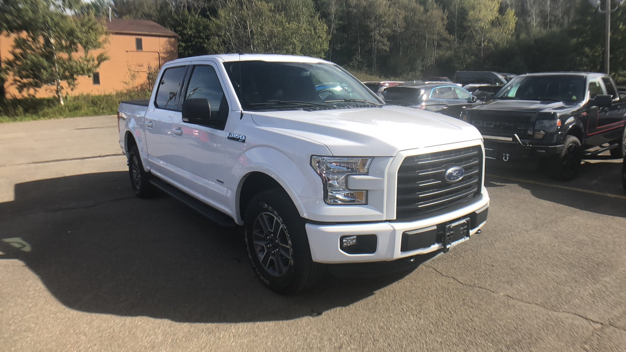2015 Ford F-150 CREW CAB TRUCK