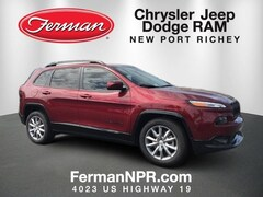 New 2018 Jeep Cherokee LATITUDE WITH TECH CONNECT PACKAGE FWD Sport Utility 1C4PJLCB6JD612210 in New Port Richey