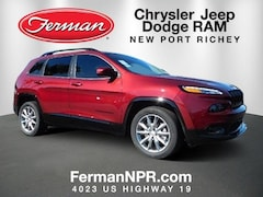 New 2018 Jeep Cherokee LATITUDE WITH TECH CONNECT PACKAGE FWD Sport Utility 1C4PJLCB6JD612207 in New Port Richey
