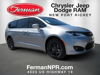 2019 Chrysler Pacifica LIMITED Passenger Van For Sale in New Port Richey, FL
