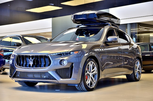 2019 Maserati Levante **GTS V8!!**550HP**3.8 L** Twin Turbo!! VUS