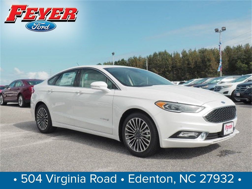 2018 Ford Fusion Hybrid Platinum Sedan