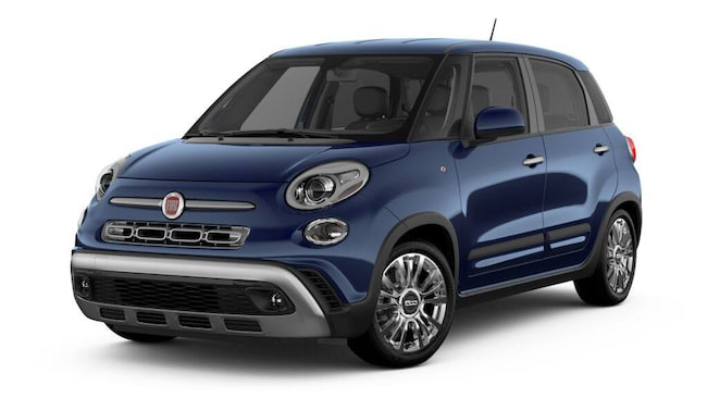 New 2019 FIAT 500L TREKKING Hatchback in Burlingame