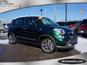 2014 FIAT 500L Trekking * White Painted Roof *