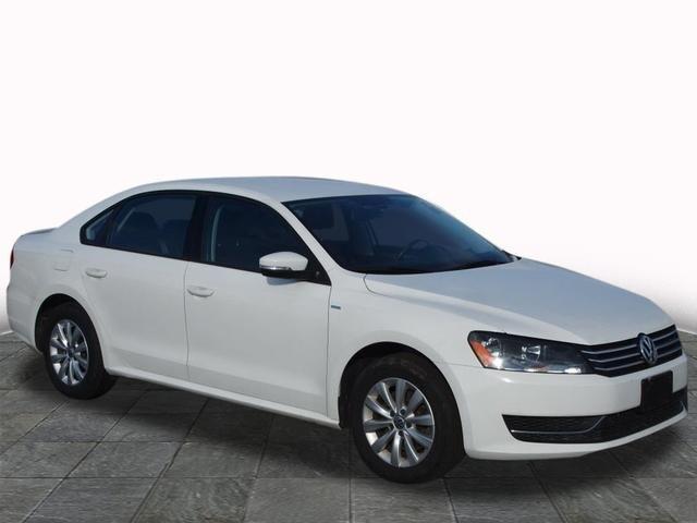 2014 Volkswagen Passat 1.8T Wolfsburg Edition Sedan