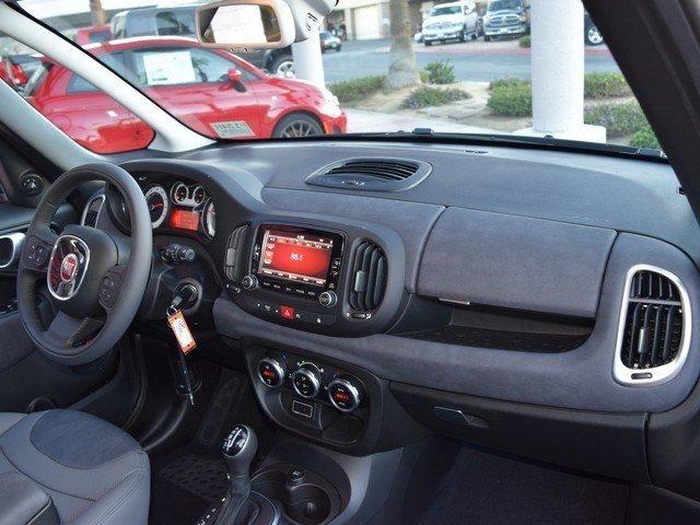 2017 FIAT 500L TREKKING Hatchback