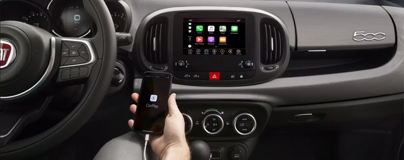 Uconnect in the 2020 Fiat 500L