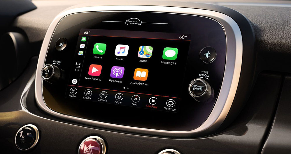 FIAT Apple CarPlay and Android Auto