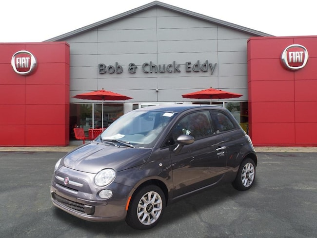 New 2017 FIAT 500 POP Hatchback in Youngstown, OH