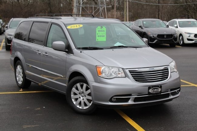 2014 Chrysler Town & Country Touring Wagon
