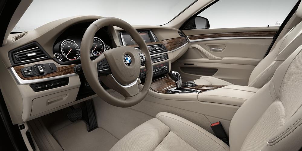 Fields BMW Northfield  Come Test Drive a New BMW at Fields BMW
