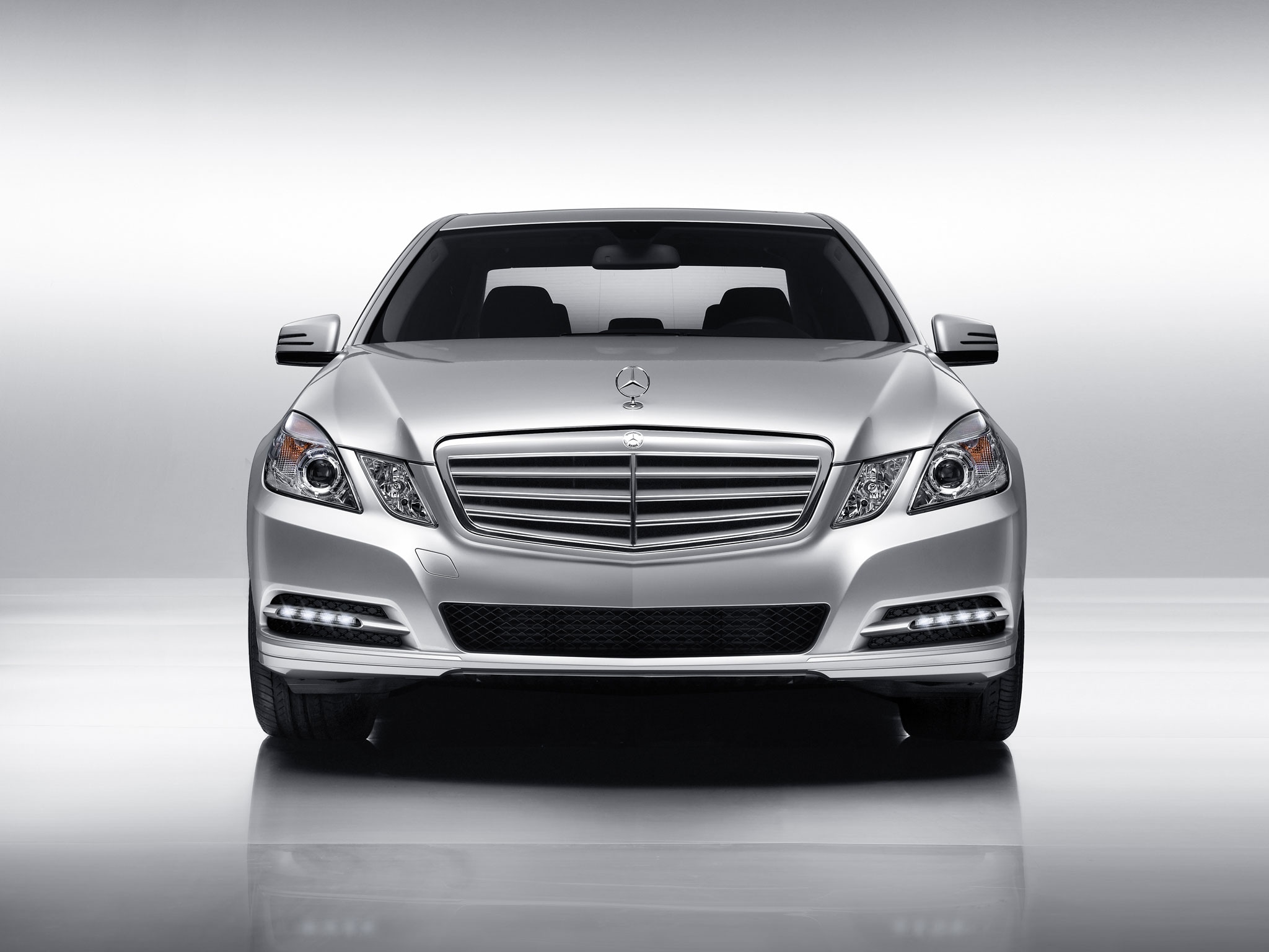 Fields motorcars mercedes benz usa releases impressive 2011 sales in a recent release of 2011 sales figures mercedes benz usa reported sales of 264460 vehicles the highest annual volume on record with a 175 increase altavistaventures Image collections