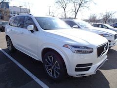 Certified Pre-Owned 2016 Volvo XC90 T6 Momentum AWD SUV YV4A22PK3G1076024 for Sale in Madison