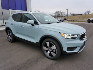 New Volvo 2019 Volvo XC40 T5 Momentum SUV YV4162UK6K2088860 in Madison, WI