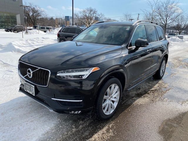 Used 2017 Volvo XC90 T6 AWD Momentum SUV for sale in Madison, WI
