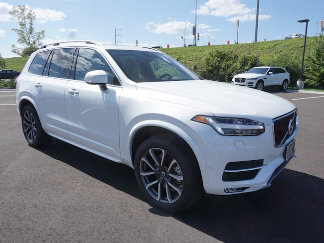 new 2018 Volvo XC90 T6 AWD Momentum (7 Passenger) SUV For Sale/lease madison WI