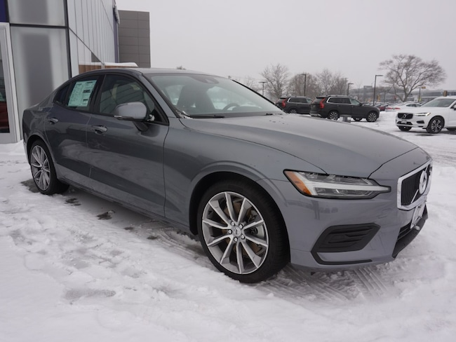 new 2019 Volvo S60 T6 Momentum Sedan For Sale/lease madison WI