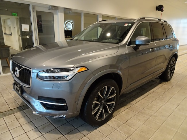 certified pre owned 2016 Volvo XC90 T6 Momentum AWD SUV in Madiscon WI