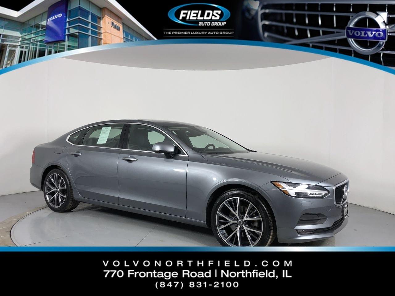 2018 Volvo S90 Momentum Sedan