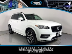 Pre-Owned 2016 Volvo XC90 T6 Momentum SUV YV4A22PK8G1038918 for Sale in Northfield