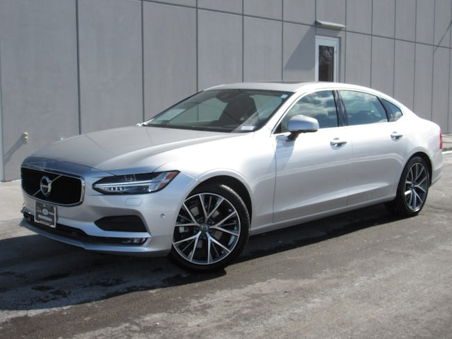 used 2018 Volvo S90 T5 AWD Momentum Sedan in waukesha wi