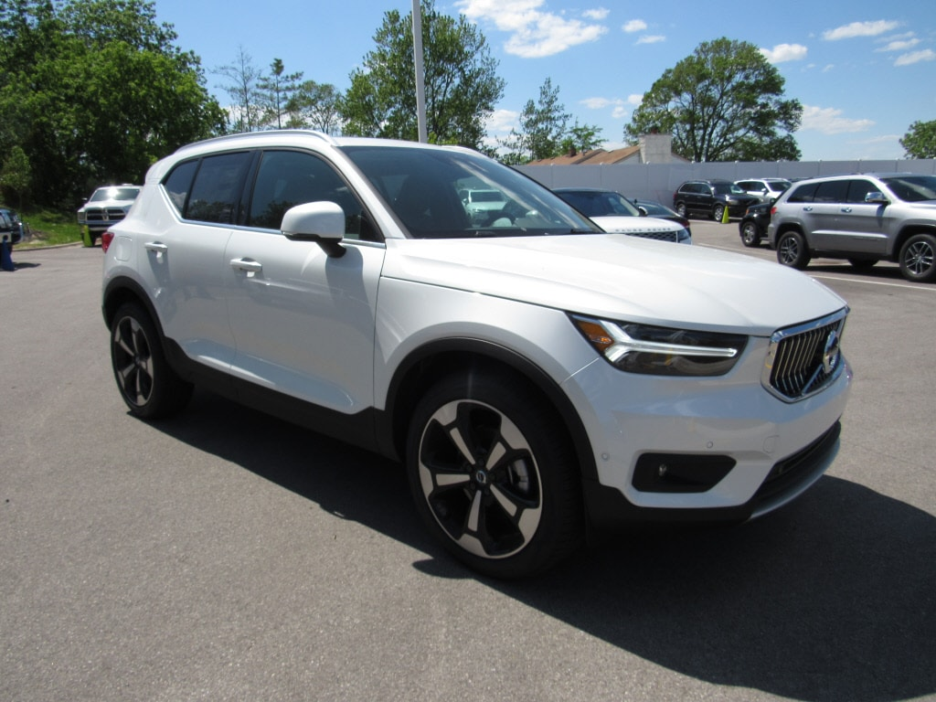 2019 Volvo XC40 For Sale in Waukesha WI | Fields Volvo Cars