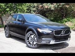 New 2018 Volvo V90 Cross Country T5 AWD Wagon YV4102NK4J1027110 in Waukesha, WI
