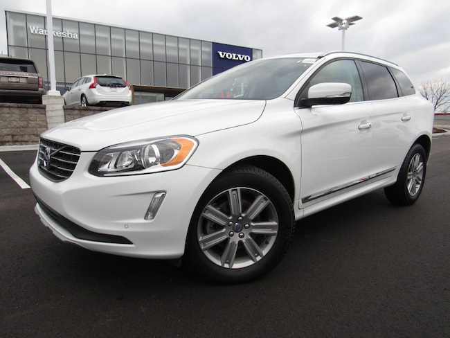 certified pre owned 2016 Volvo XC60 T6 Drive-E SUV in Madiscon WI