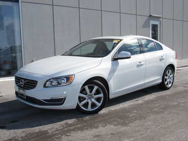 Pre-Owned 2016 Volvo S60 T5 Drive-E Premier Sedan For Sale in Waukesha, WI